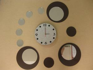 Reloj De Pared En Madera Con Espejos Redondos (envío