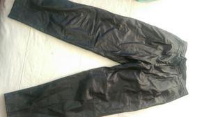 Vendo Pantalon Chia Cuero $ 150