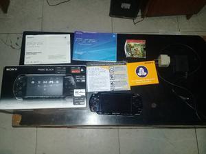 Consola Psp  En Caja+ 5memorias+1 Juego Umd Manuales