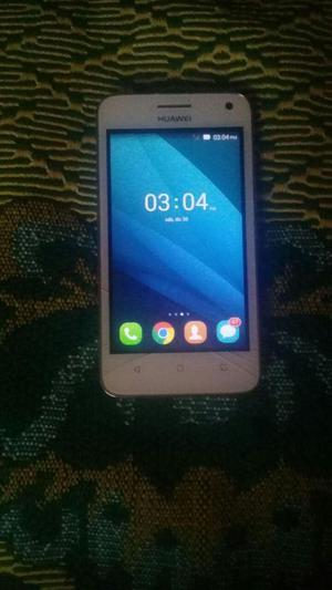 se vende celular Huawei Y3
