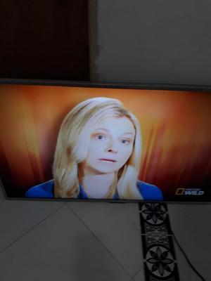 Smart Tv Hyundai 50 Pulgadas Muy Bueno