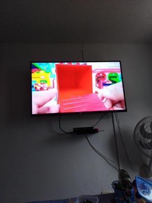 Vendo Tv Lg de 49 Poko Uso.