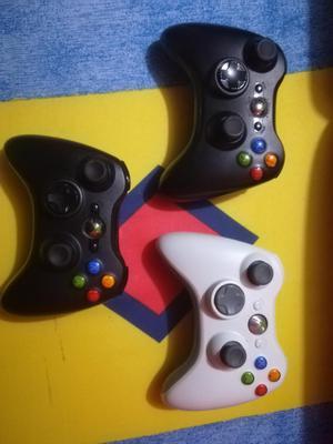 Vendo 3 Controles de Xbox 3y0 Y Cargador