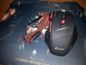Combo Mouse Gamer Inalámbrico/mouse Pad