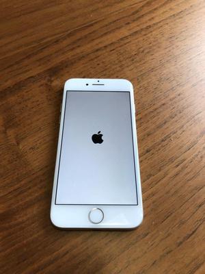 Iphone 7 Silver 32GB, Como Nuevo