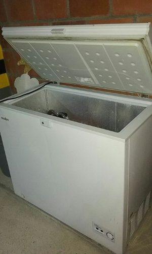 Congelador Y Enfriador Mabe 195lts