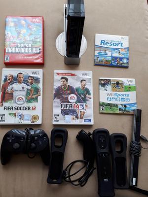 Nintendo Wii Negro. 1 control Nunchuck Classic Controller
