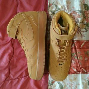 Zapato Nike Air Force One T.40