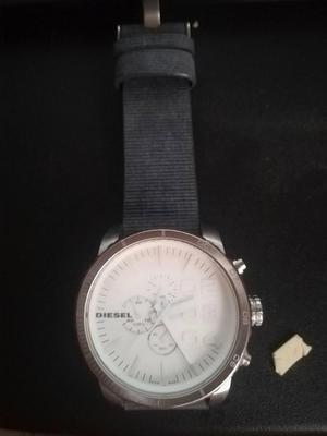 vencambio reloj diesel original.GRANDE