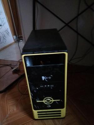 Torre Phenom ii X4, 3gb de ram, DIsco duro 160 gb perfecto