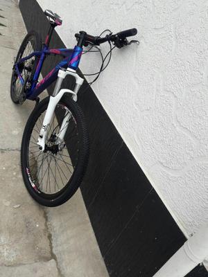 Bicicleta en aluminio rin  cambios,bloqueo de