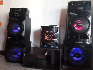 Equipo de Sonido Sony Genezi MHCGTR888
