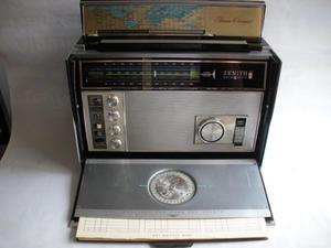 Antiguo Radio Zenith Royal  Transoceanico