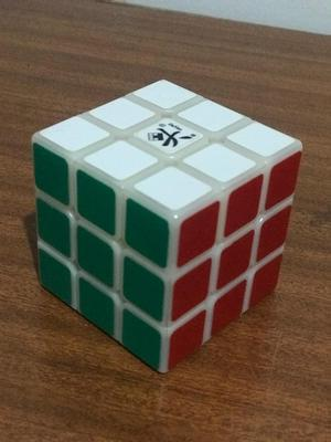 Cubo Rubik Profesional Dayan 3X3