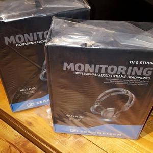 Sennheiser HD 25 Plus / Audifonos profesionales DJ Estudio