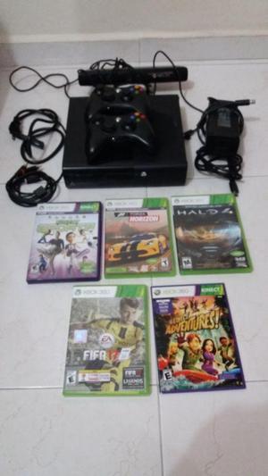 Xbox GB con Kinect, 2 controles y 5 juegos