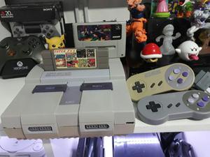Super Nintendo con 8 Juegos 2 Controles