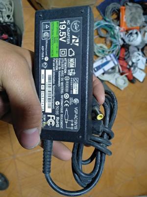 Cargador Sony Vaio Original, Punta Aguja