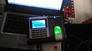 Vendo/Cambio, dos Control de acceso con lector biometrico