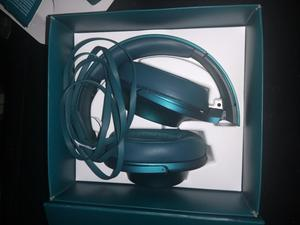 Sony H.ear On
