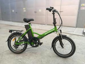 Bicicleta Eléctrica Plegable Tomacorrien