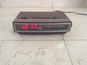 Radio Reloj Despertador General Electric