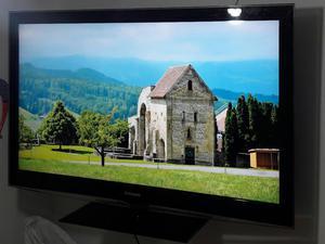 Vendo Tv Samsung de 32 con Soporte