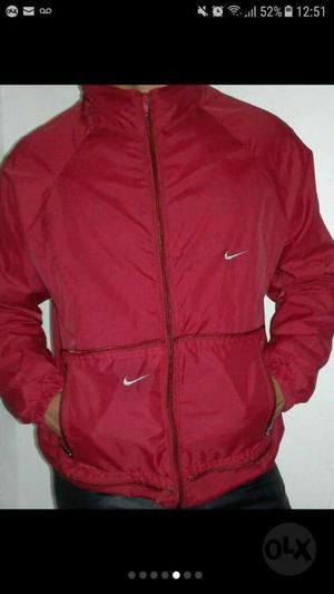 Chaqueta Rompeviento Nike 02