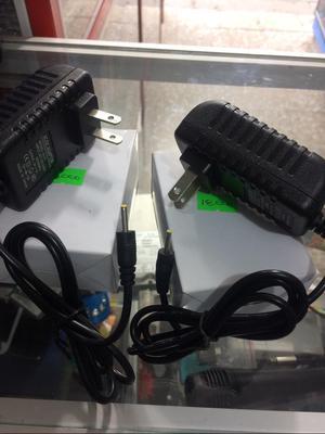 Vendo Cambio Cargador para Tablet en Caja