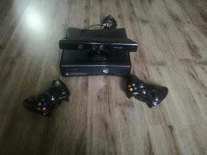 Vendo Xbox 360 con Kinect Y Controles