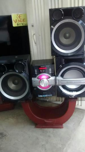 Equipo de Sonido Panasonic Bluetooth Usb