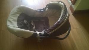 se vende coche para bebe con silla
