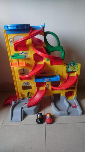 Pista/ rampa para carros Little people