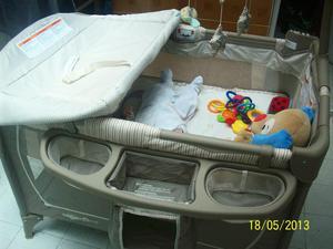Corral y cama cuna para bebé