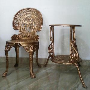 Vendo mesa y silla multiuso