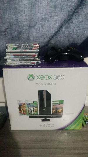 Xbox 360 E con Kinect