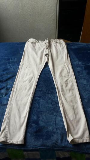Pantalón blanco ZARA