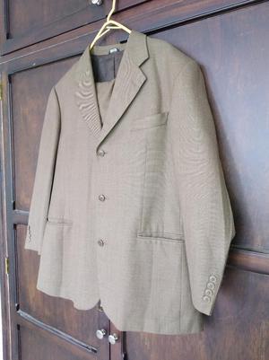 Se Vende Saco Y Pantalón Clásico