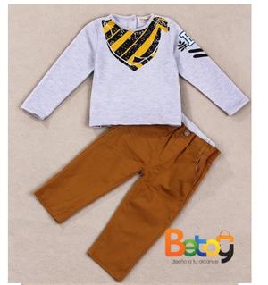 Conjunto para niño, Pantalon Dril, Saco con diseño.