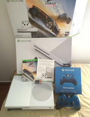 Xbox One 1 Tb con 2 Juegos