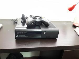 Xbox 360 Slim E con 9 Juegos Originales