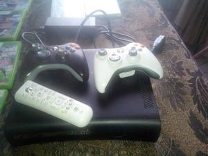 Xbox 360 dos controles 10 juegos originales 2 accesorios