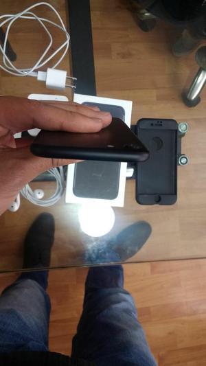 Vendo iPhone 7 de 32 Gb Nuevo.