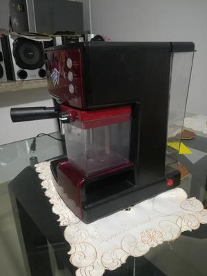 Cafetera Oster Automática