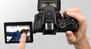 Camara profesional Nikon D  NUEVA con lente  Vr