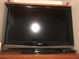 """Teleevisor Tv Lcd Sharp 42"""" con Control"""