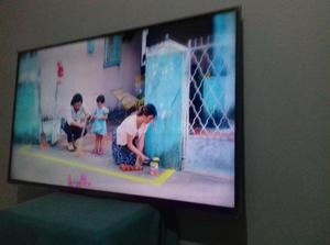 Tv de 50 plg esmarktv LG como nuevo con factura y caja