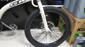 VENDO BICICLETA DE CROSS BMX