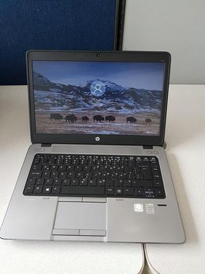 Portatil HP core i5 2.4 GHz, Ram 8GB, DD 500GB Ò Solido