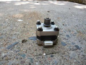 Motor paso a paso pequeño